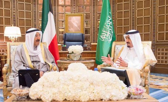 King Salman holds talks with Kuwait Emir