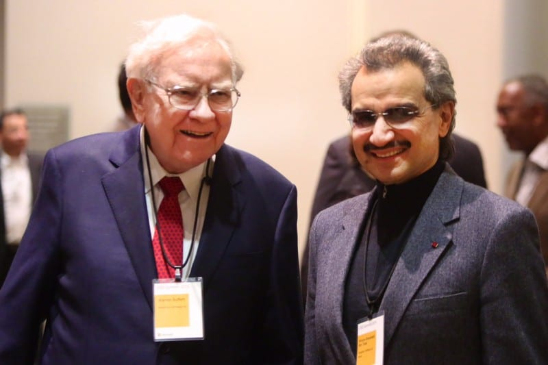 Prince Alwaleed and Warren Buffett at the summit (Photo KHC)
